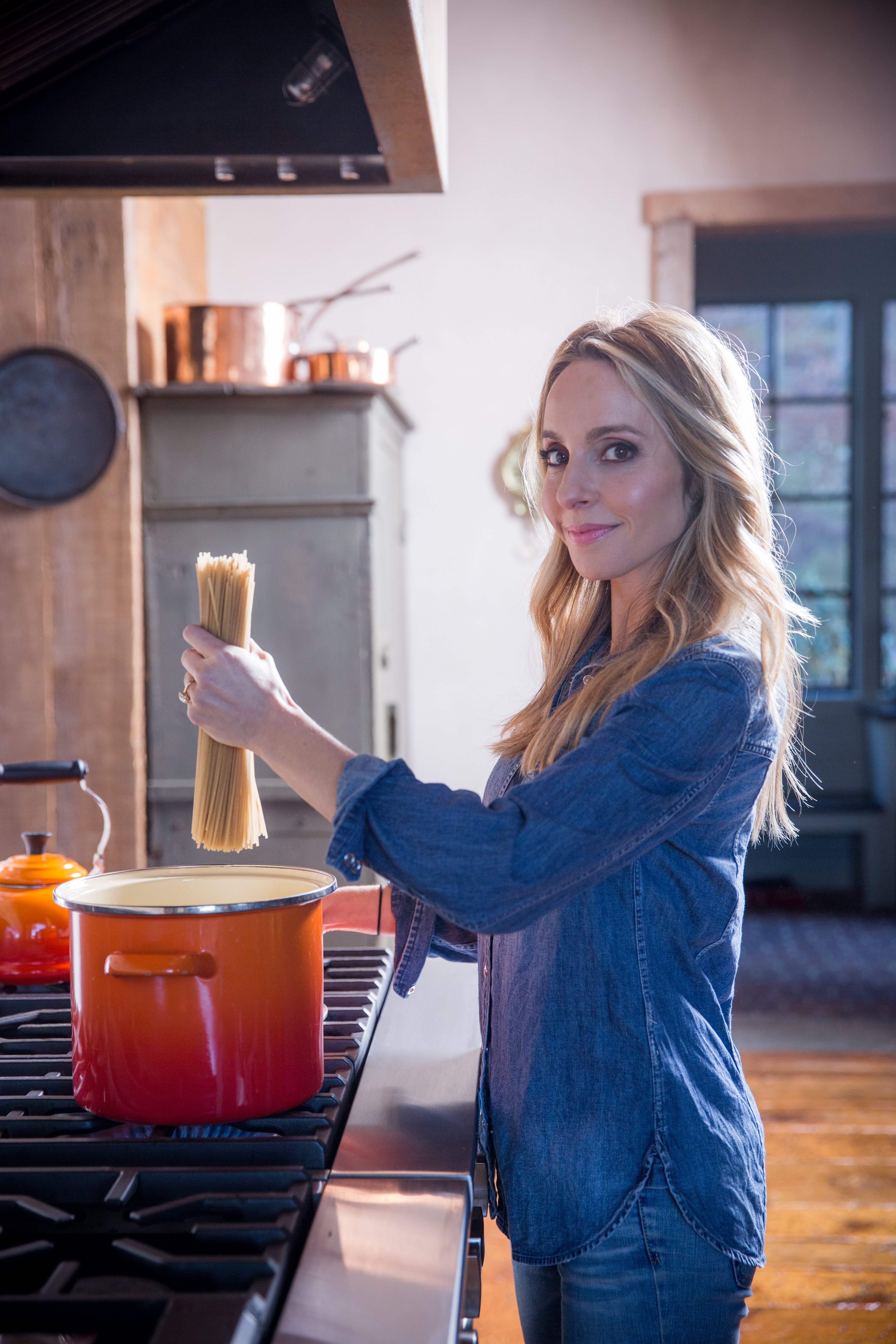 gabby bernstein cooking pasta | beginner's guide to meditation