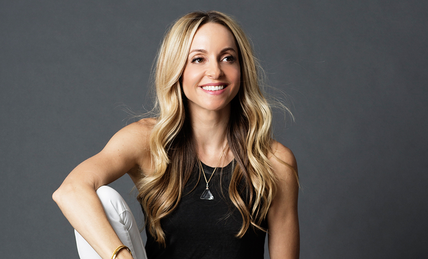 Gabby Bernstein smiling - The 1 thing you MUST know about manifesting